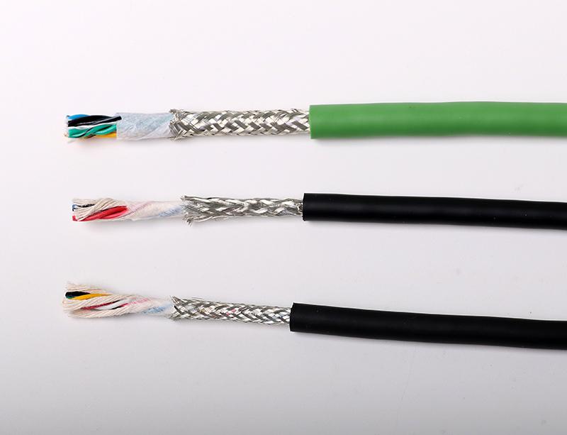200万次TRVVSP双绞带屏蔽柔性拖链信号线